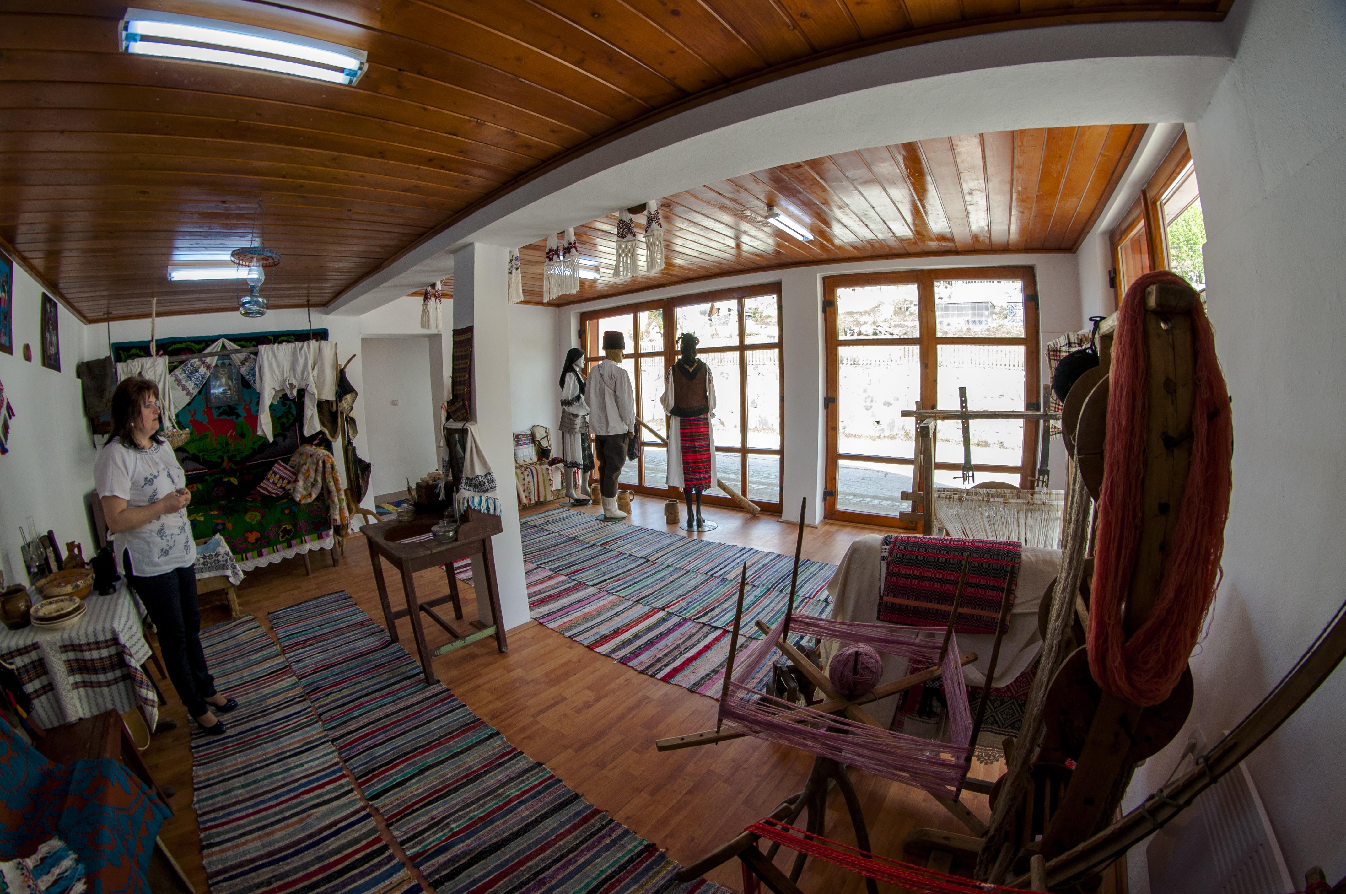 Centrul pentru promovarea și conservarea culturii tradiționale și a artei manufacturiere tradiționale din comuna Scărișoara