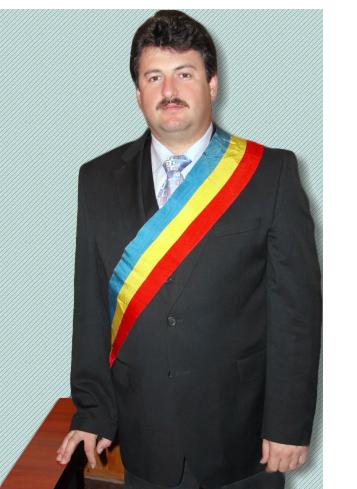 Primarul comunei